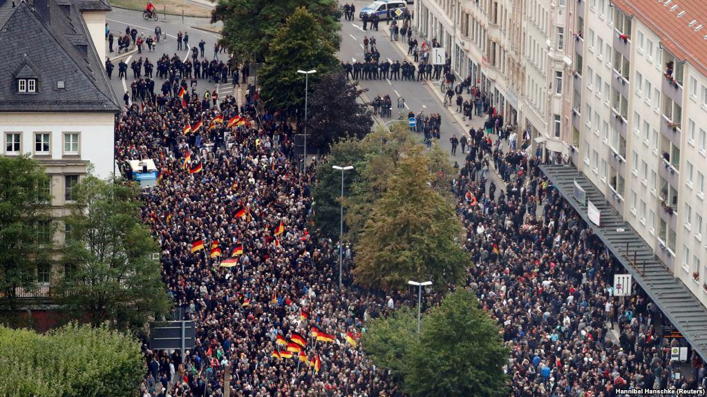 В Германии прошли демонстрации сторонников и противников миграции