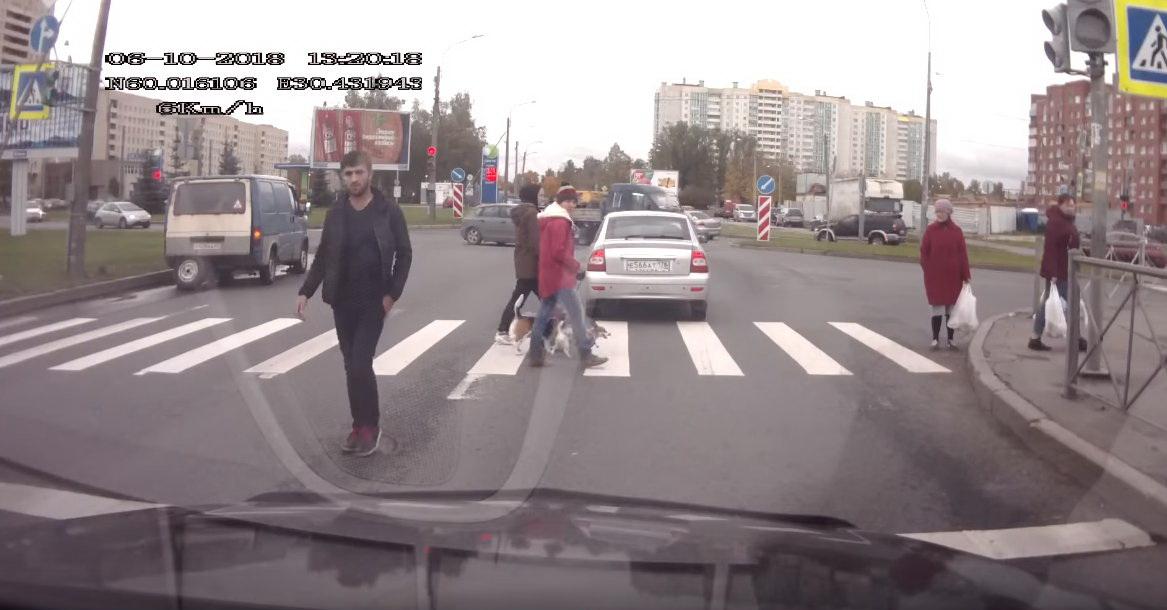 Необъяснимая агрессия в Санкт-Петербурге