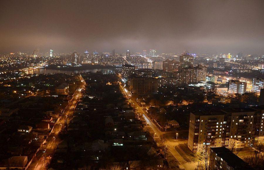 Донецк ночью
