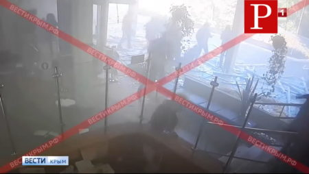 Кадры с камер видео наблюдения керченнский колледж стрельба