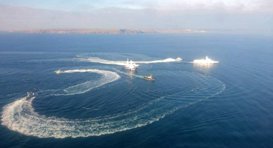 ФСБ подтвердила задержание трёх кораблей ВМС Украины