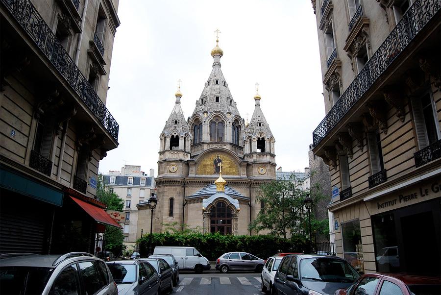 Александро-Невский собор на рю Дарю (Париж)
