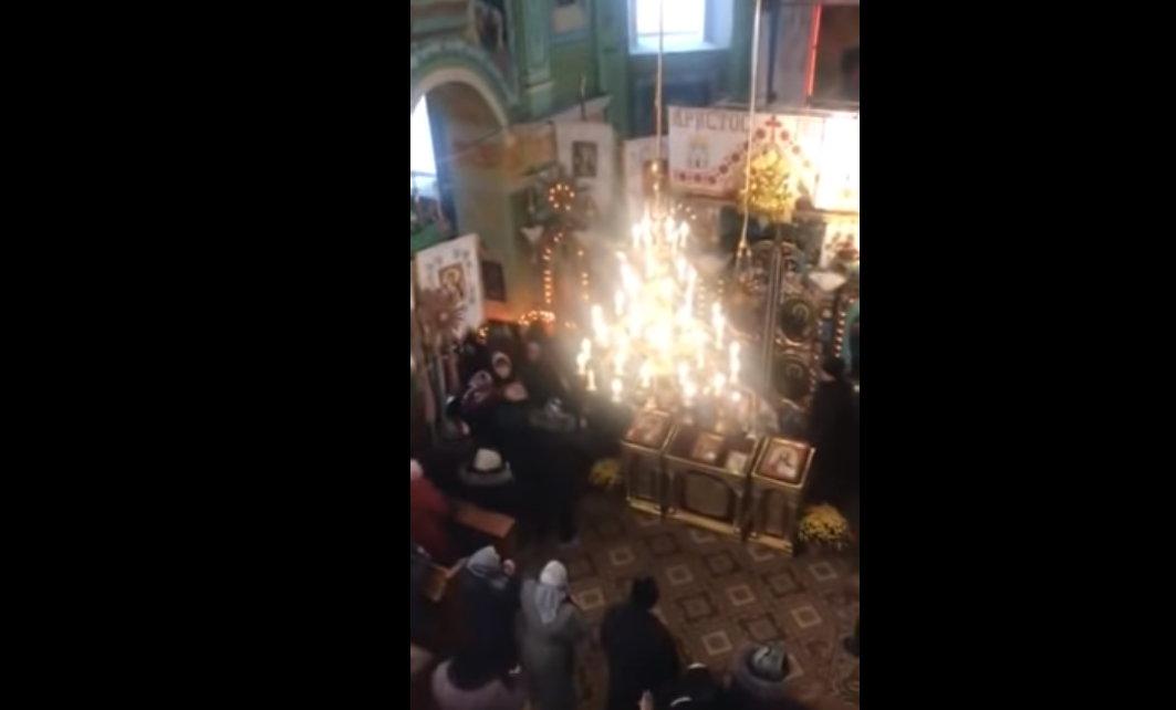 Украинские раскольники подрались в церкви