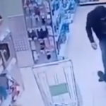 В московской «Пятёрочке» охранник с Кавказа избил сотрудника магазина