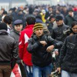 Мигранты и алкоголики могут стать главными нарушителями при эпидемии