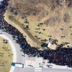 На границе Украины с Польшей столпились тысячи жителей Украины