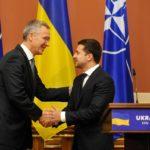 Украина не в НАТО, но воевать за НАТО будет в первых рядах